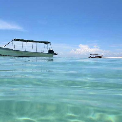 Zapatilla Cay Tour