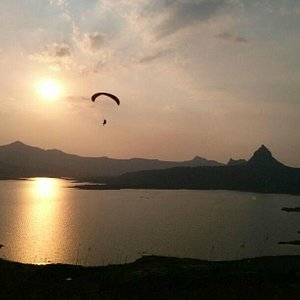Flying with TemplePilots over Pavna Lake, Western Ghats