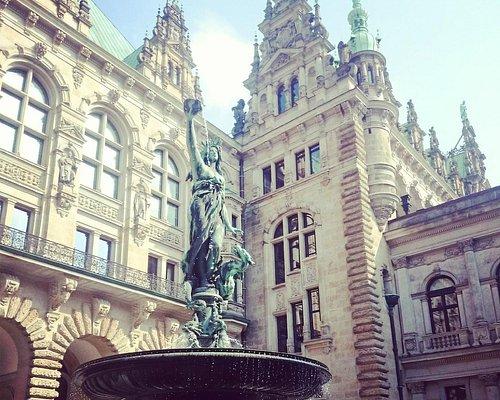 Der Innenhof vom Hamburger Rathaus