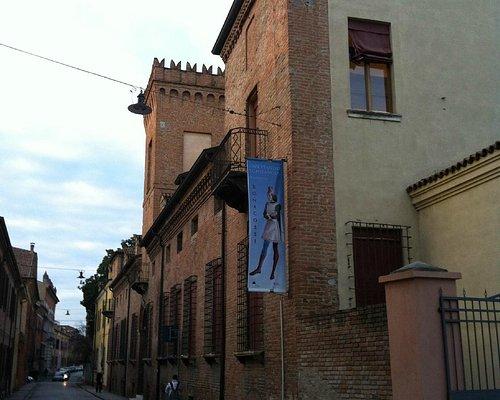 Esterno di Palazzo Bonacossi