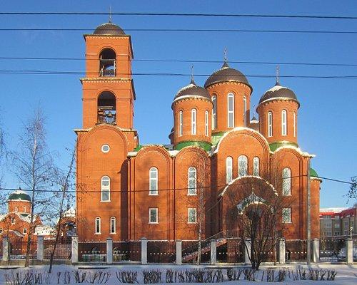 Вид на храм с улицы Горького