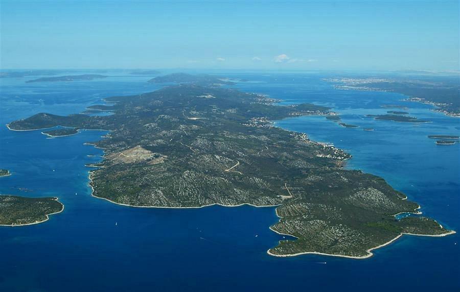 Island Pasman