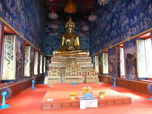 Wat Thewarat Kunchorn Worawiharn innen