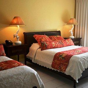 Standard Beachfront 2 Queen Guest Room