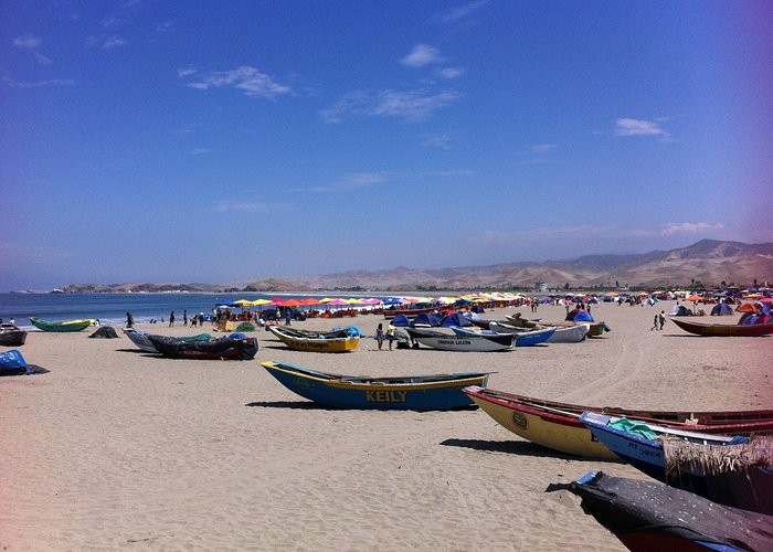 Cerro Azul beach