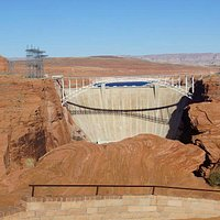 View of Glen Canyon Dam
