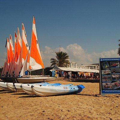 Q'Bas and Kayaks at Watercooled Abu Dhabi