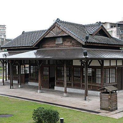 駅(線路側から)