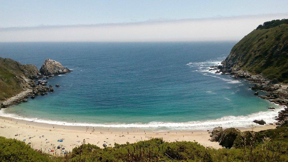 Vista desde el cerro antes de bajar a la playa