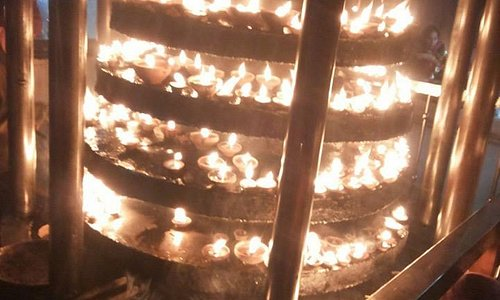Place to keep lighted diyas