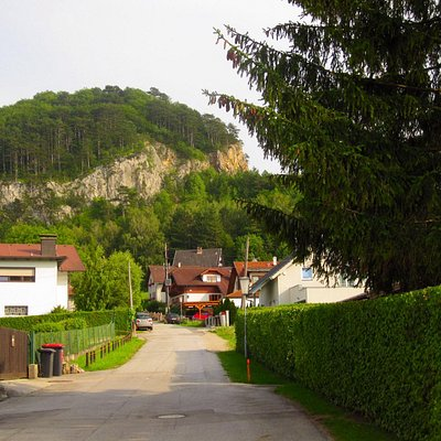 Buchberg (Buch mountain) is on the left