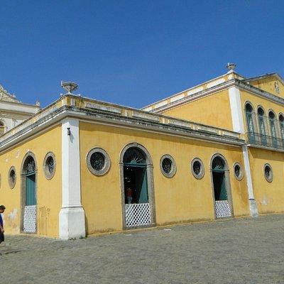 Prédio Histórico da praça do Largo da Alfandega