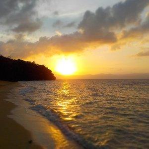 Sunset at Talipasak Beach