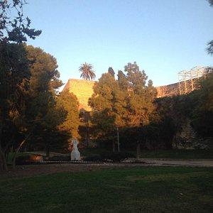 Jardines del Campo de Marte junto al Auditorio.