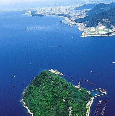 無人島「淡島」と「富士山」