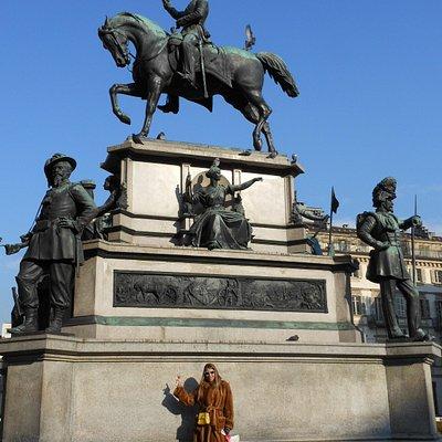 statua equestre carlo alberto