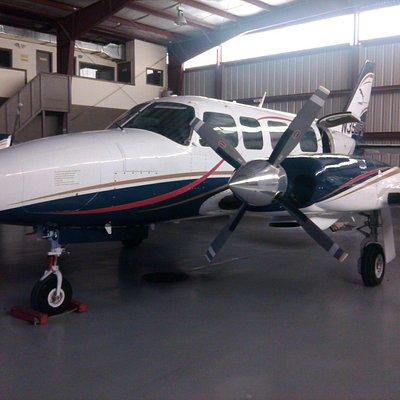 Capitol Air 8 passenger Piper Chieftain