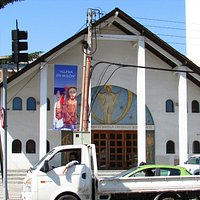 Linda igreja no bairro Vitacura