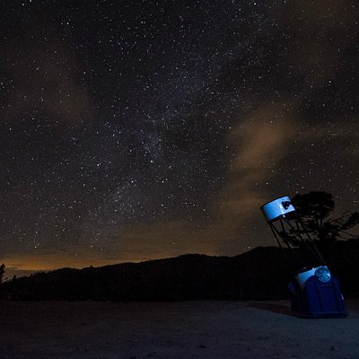 The dobson telescope and the milky way in background