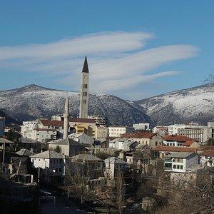 Vista para a centro histórico de Mostar