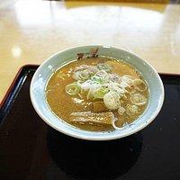 醤油ラーメン (¥730)