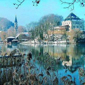 Winter Schloss Mattsee