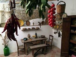 Ambiente :cucina,dove la massara passava gran parte della giornata