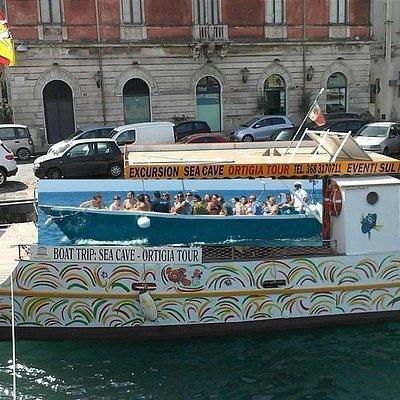 BOAT AND CATAMARAN POSITION  -- Coop Ortigia Passengers PHON 0039-3928830408