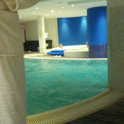 Piscina riscaldata e vasca idromassaggio ! ! !