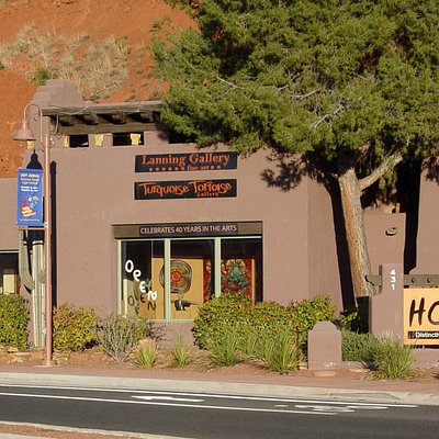 Turquoise Tortoise Gallery is located at Hozho right in the heart of Sedona's Gallery District