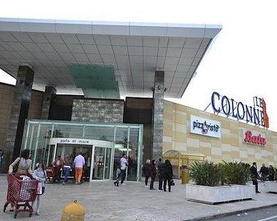 LE COLONNE centro commerciale, Brindisi
