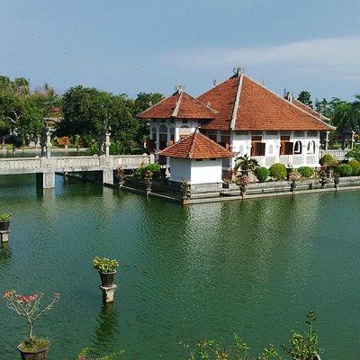 Taman Ujung Sukasada www.amazingbalidriver.com