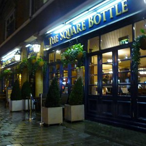 The Square Bottle, Chester