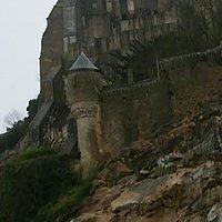 島の西側を守った塔