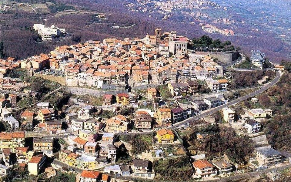 Rocca Priora Vista da Sud.