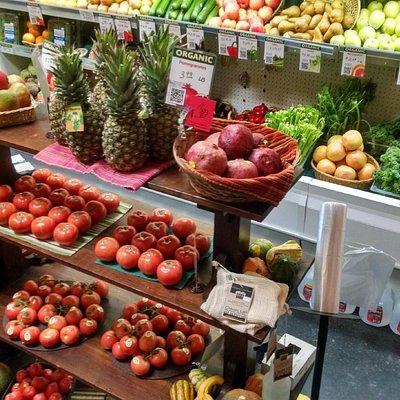Broad Selection of Fresh Organic Produce