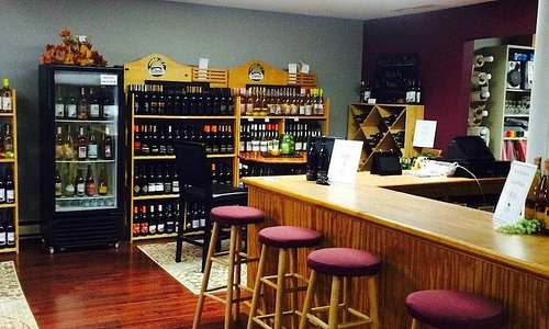 Winery front room and wine bar