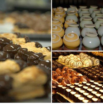 Huisgemaakte dessertkoekjes, petit fours, assortiment pralines, ...