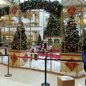 Four Seasons Christmas 2014