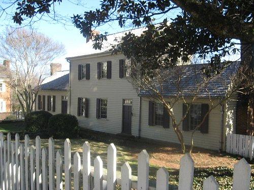 Mansion from sidewalk