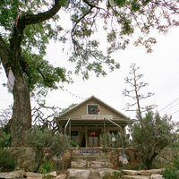 The charming AGAVE gallery on E. San Antonio