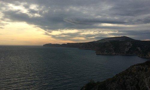Uitzicht richting Cap Moraig, tot Calpe, Penon de Ifach