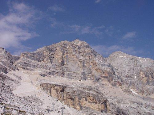トファーナ山頂