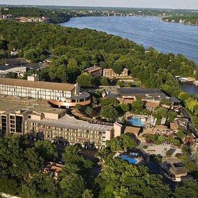 World-class spa experience on the shores of Missouri's Lake of the Ozarks