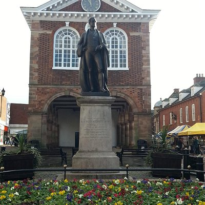 Sir Robert Peel statue, January 2015