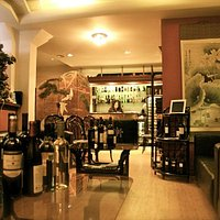 mr-chans-restaurant-wine-selection-lounge