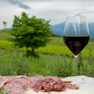wine and food tour