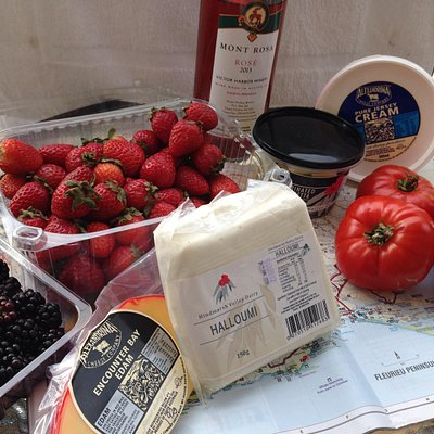 A bounty of local produce and wines can be discovered along the road to Victor Harbor
