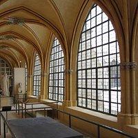 Musée du Cloître Saint-Corneille @OT Compiègne