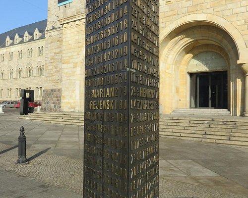Pomnik Pogromców Enigmy - Poznań